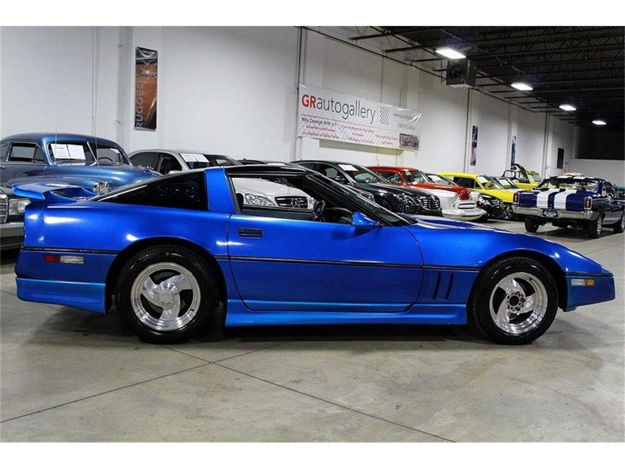 Large Picture of '85 Chevrolet Corvette located in Michigan Offered by GR Auto Gallery - LBV1