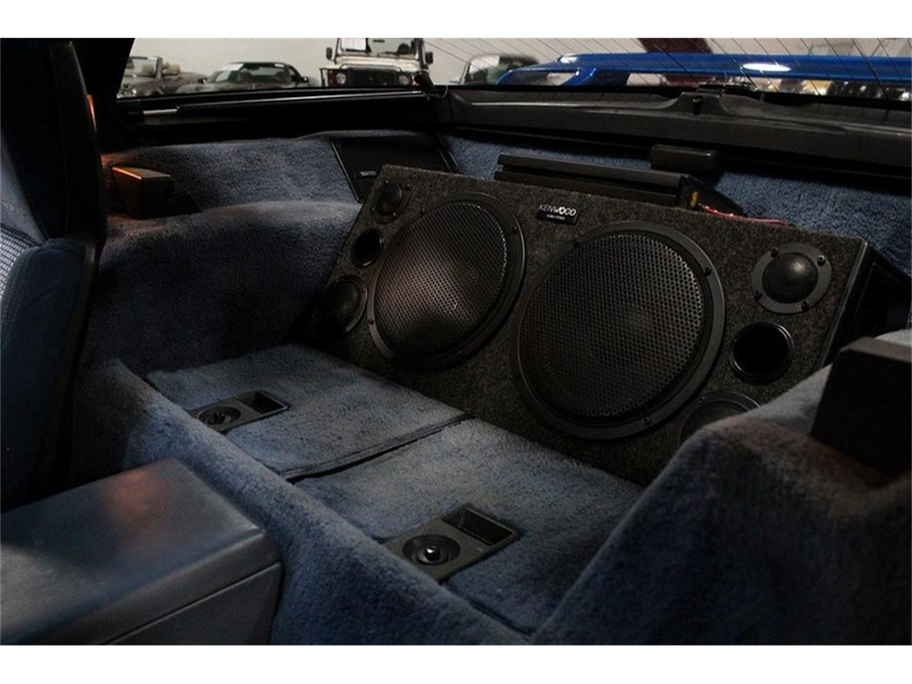 Large Picture of '85 Chevrolet Corvette located in Kentwood Michigan Offered by GR Auto Gallery - LBV1