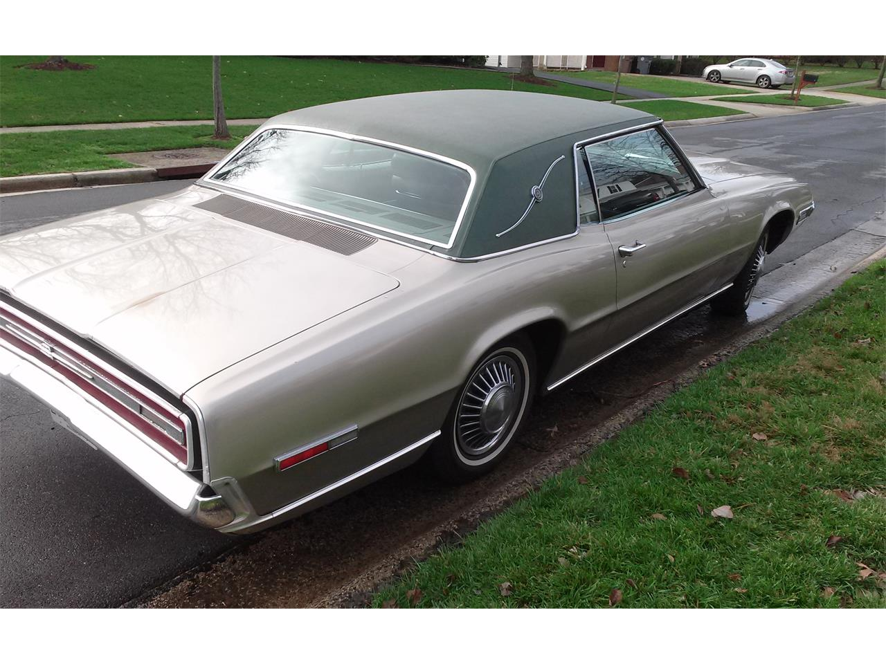 Large Picture of 1968 Thunderbird located in Rockville Maryland - LBWD