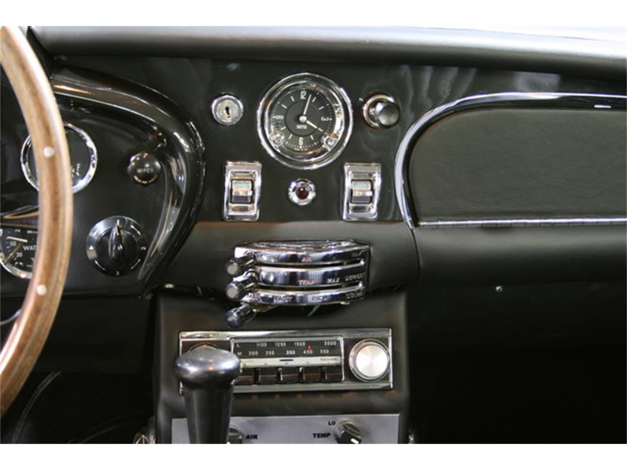 Large Picture of '70 DB6 Mk2 Vantage - LBWS