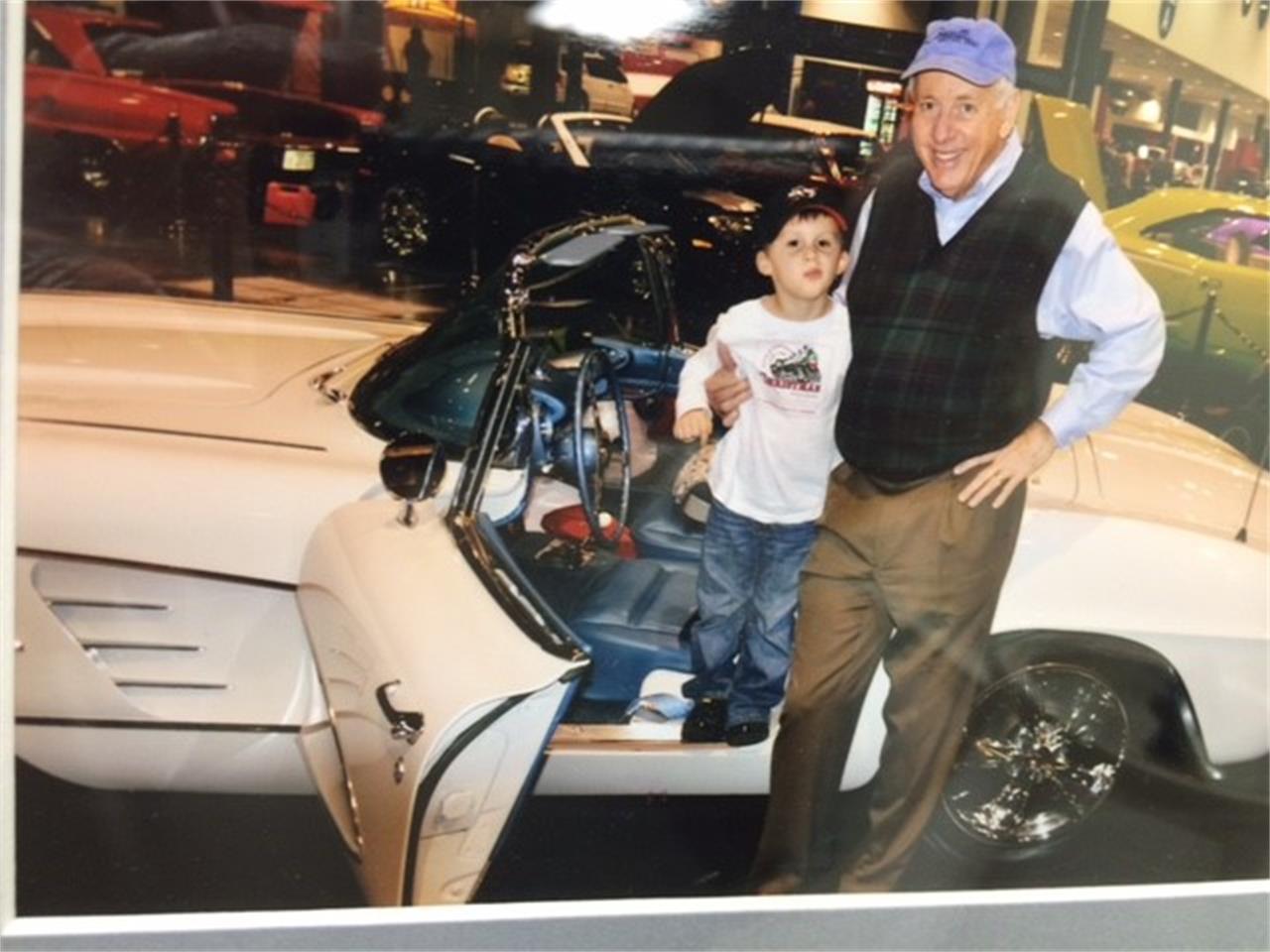 Large Picture of '61 Corvette - LBXL
