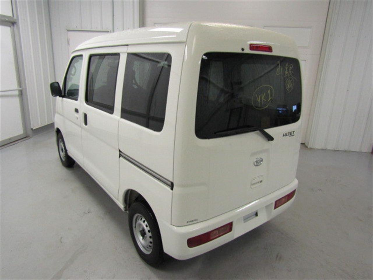 Large Picture of 2017 Daihatsu HiJet located in Virginia Offered by Duncan Imports & Classic Cars - LBXV