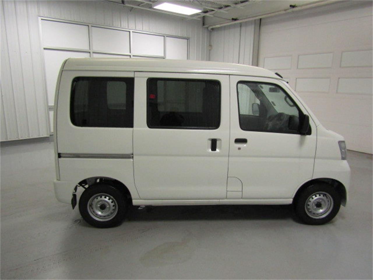 Large Picture of '17 HiJet located in Virginia - $15,900.00 Offered by Duncan Imports & Classic Cars - LBXV