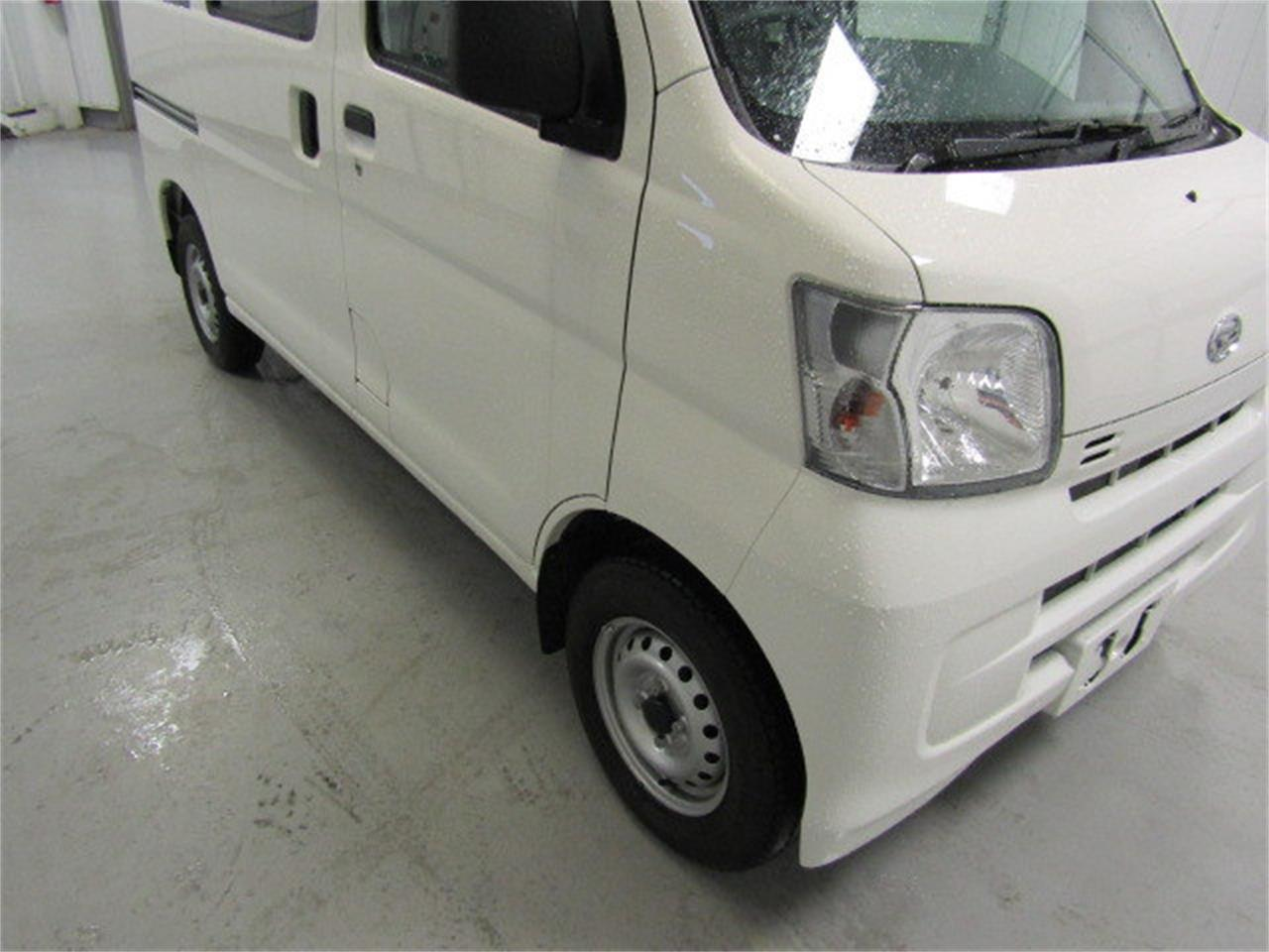 Large Picture of '17 Daihatsu HiJet located in Christiansburg Virginia - $15,900.00 - LBXV
