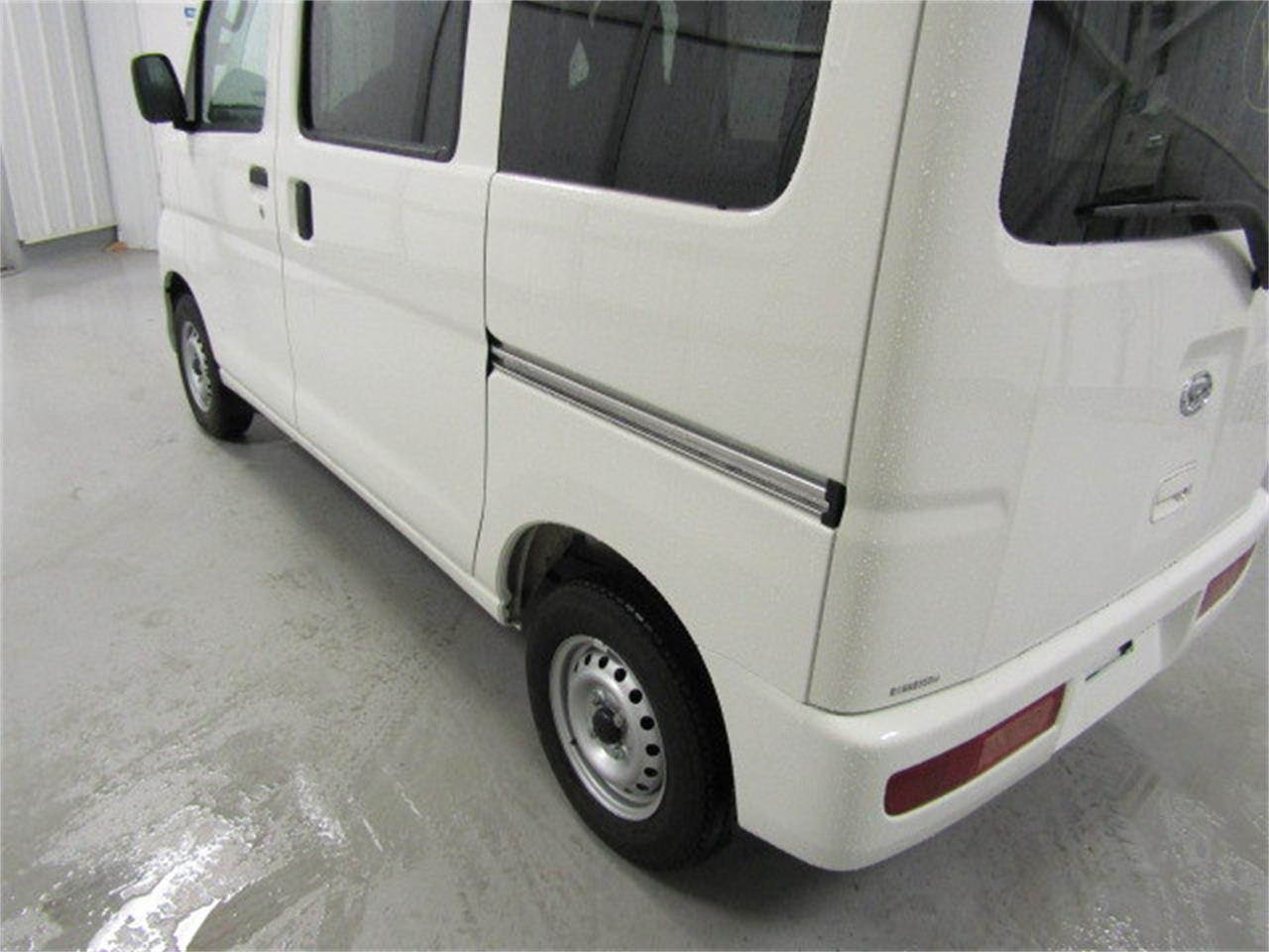 Large Picture of 2017 Daihatsu HiJet located in Virginia - $15,900.00 - LBXV