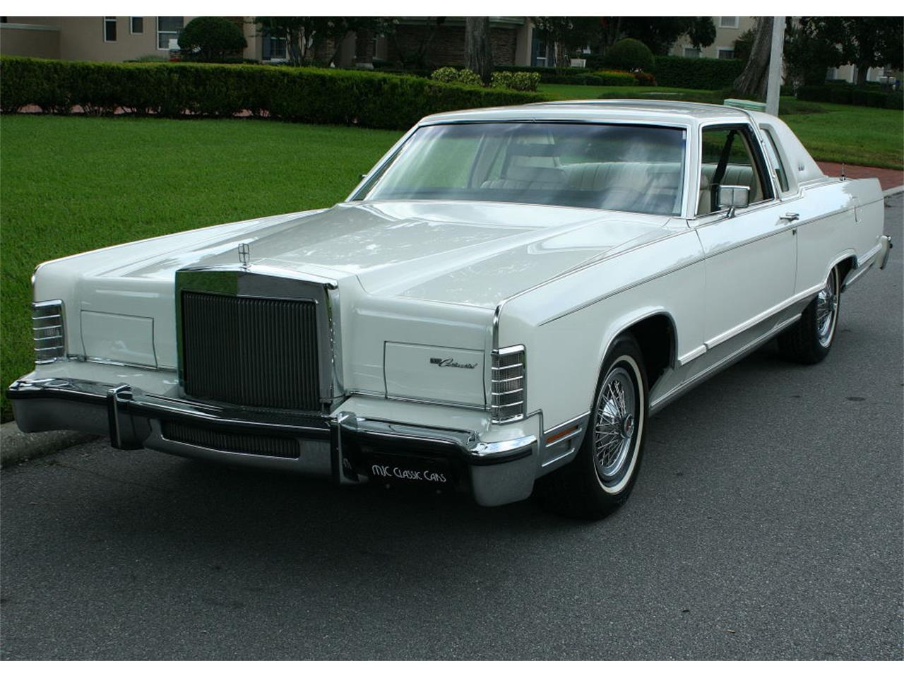 Large Picture of '79 Lincoln Town Car located in lakeland Florida - $17,500.00 Offered by MJC Classic Cars - LBZD