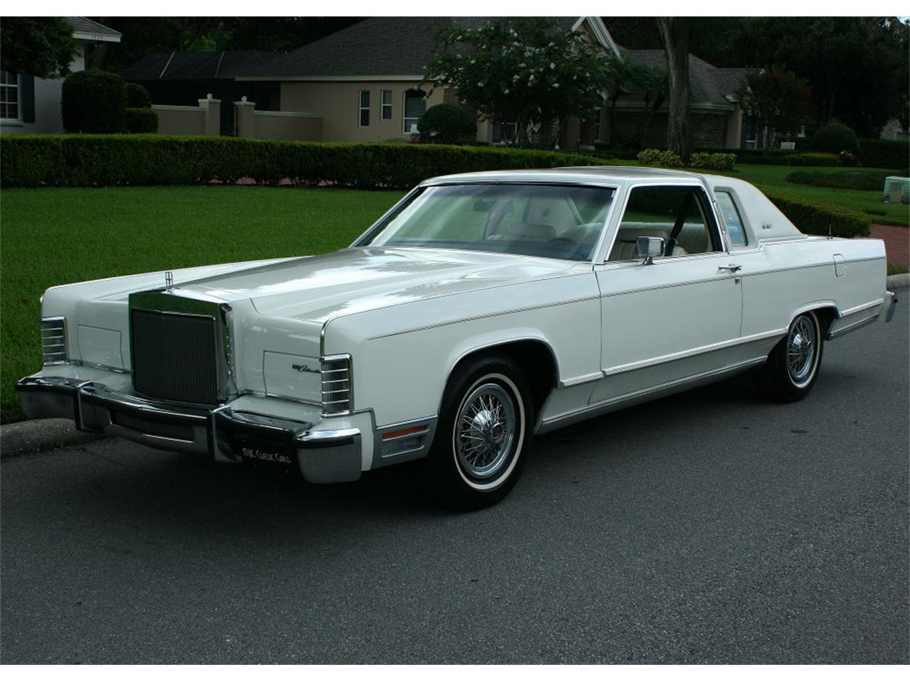 Large Picture of 1979 Lincoln Town Car located in lakeland Florida - $17,500.00 - LBZD