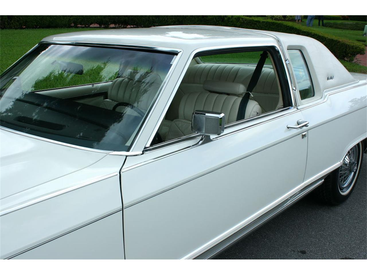 Large Picture of '79 Lincoln Town Car - LBZD
