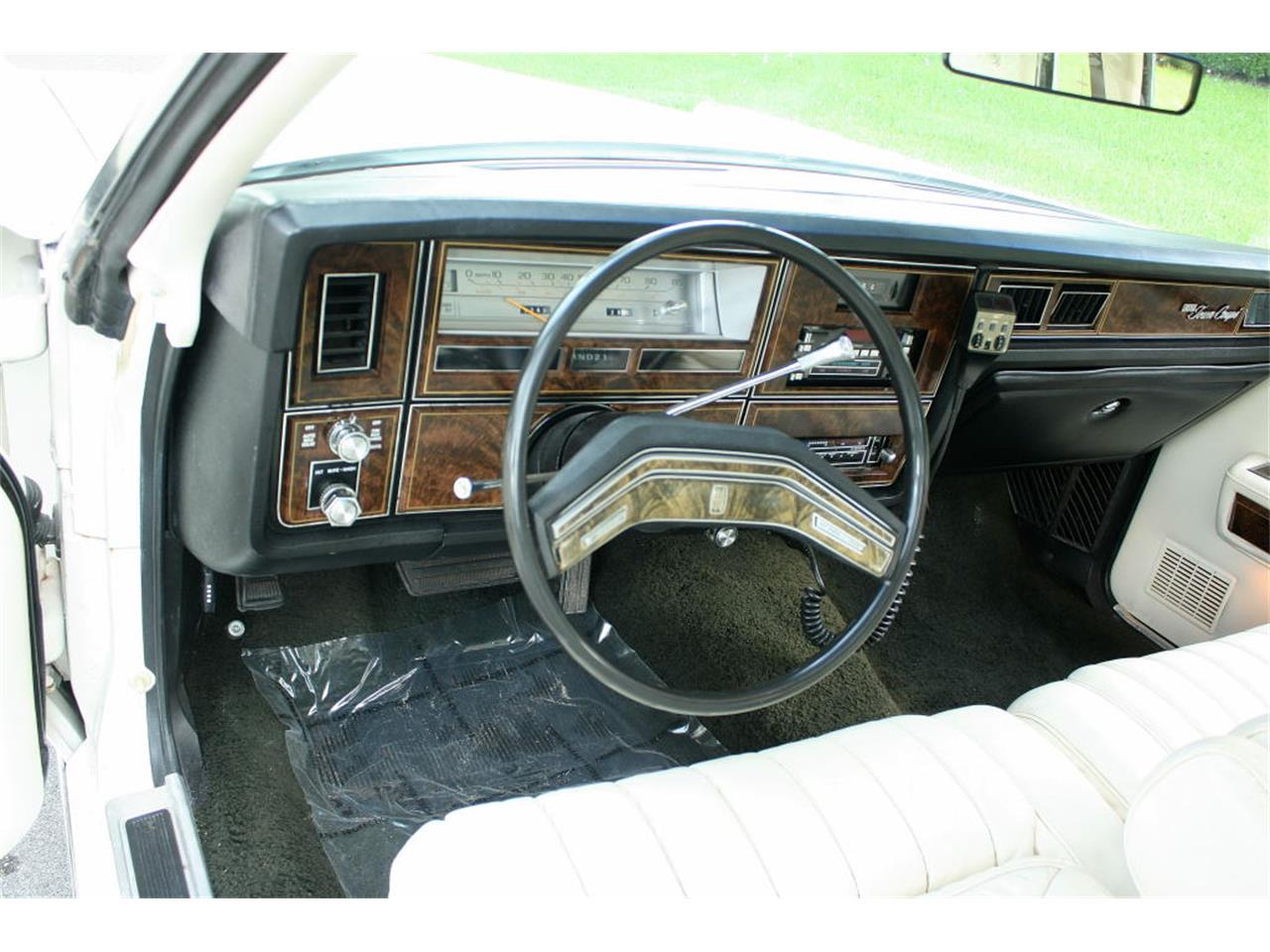 Large Picture of '79 Lincoln Town Car Offered by MJC Classic Cars - LBZD