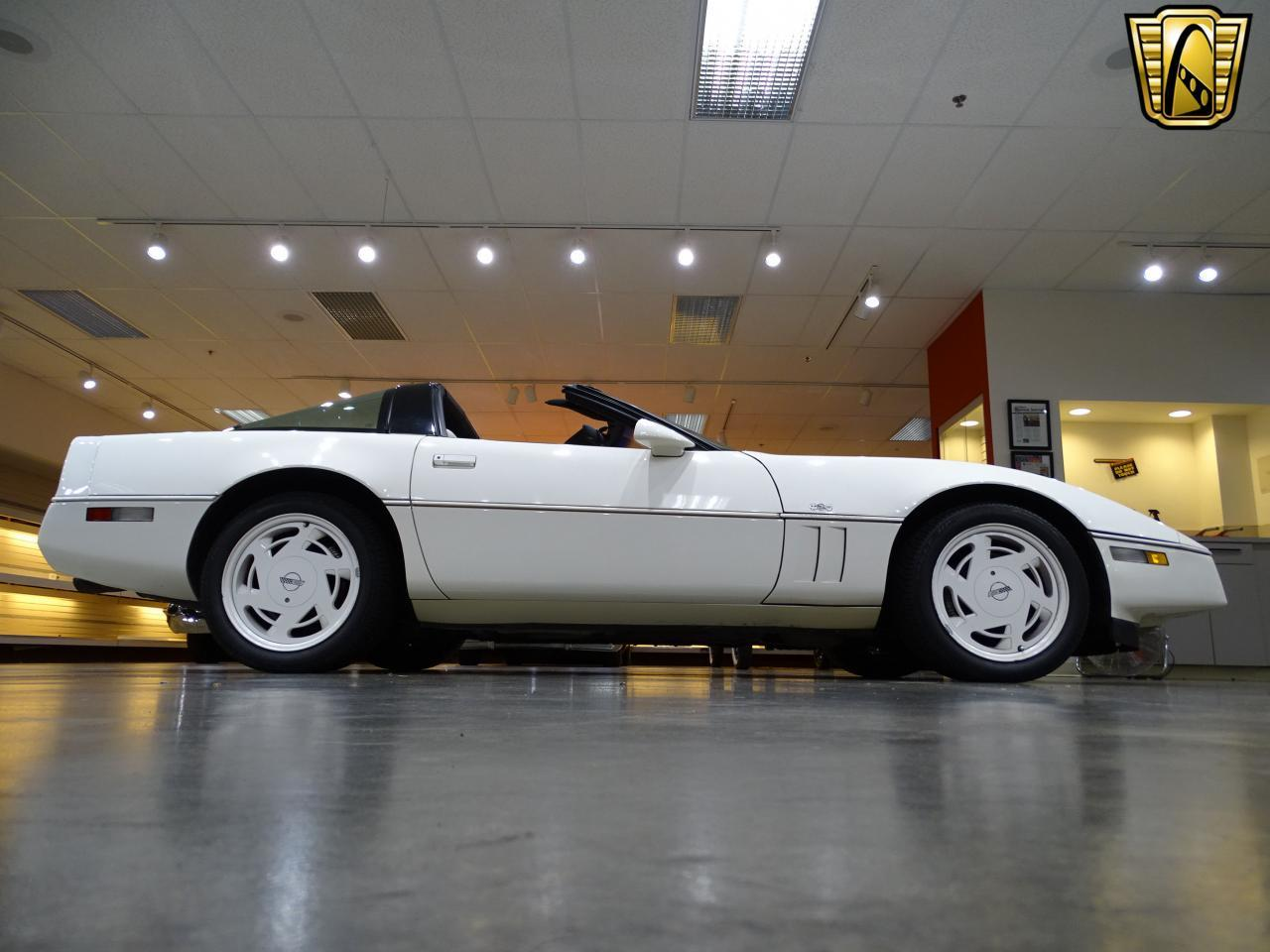 Large Picture of '88 Corvette - LC33