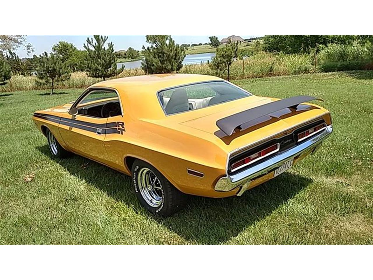 Large Picture of '71 Dodge Challenger - LC3W