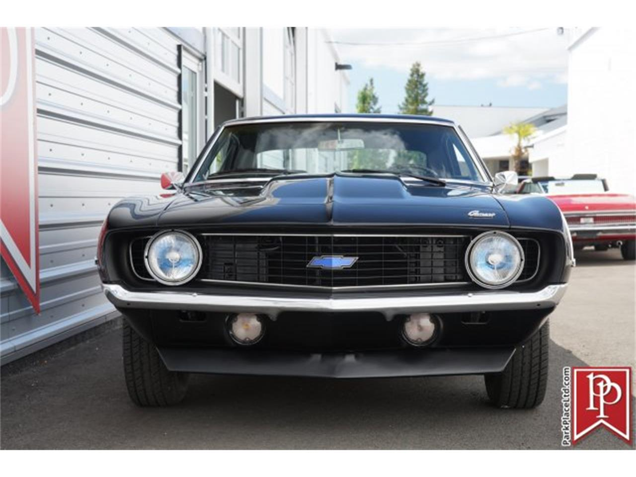 Large Picture of '69 Camaro Auction Vehicle Offered by Park Place Ltd - LC5A