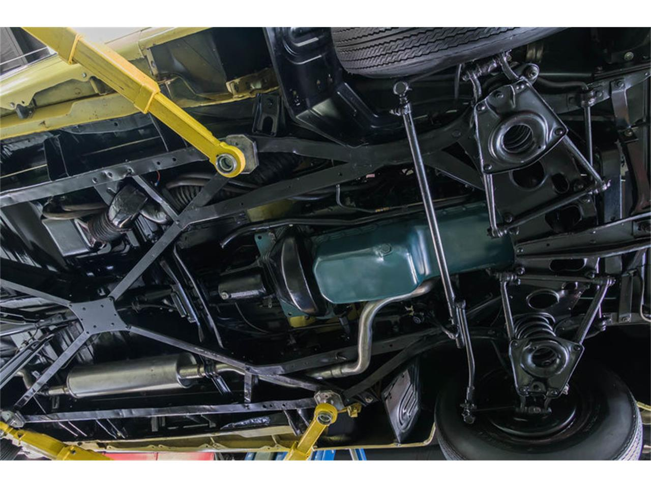Large Picture of '48 Buick Super Offered by Vanguard Motor Sales - LC5K