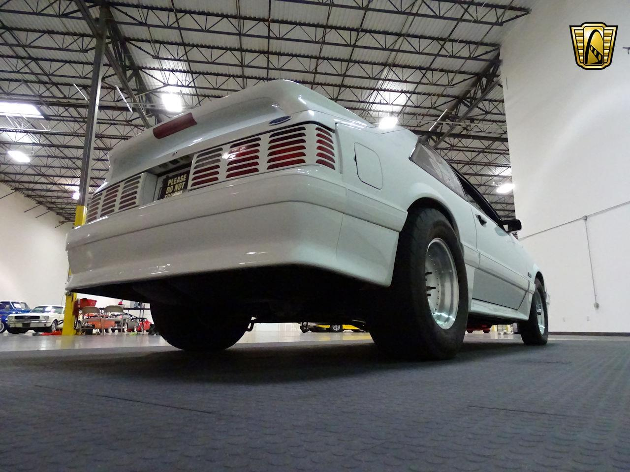 Large Picture of 1992 Ford Mustang located in Texas Offered by Gateway Classic Cars - Houston - LC8L