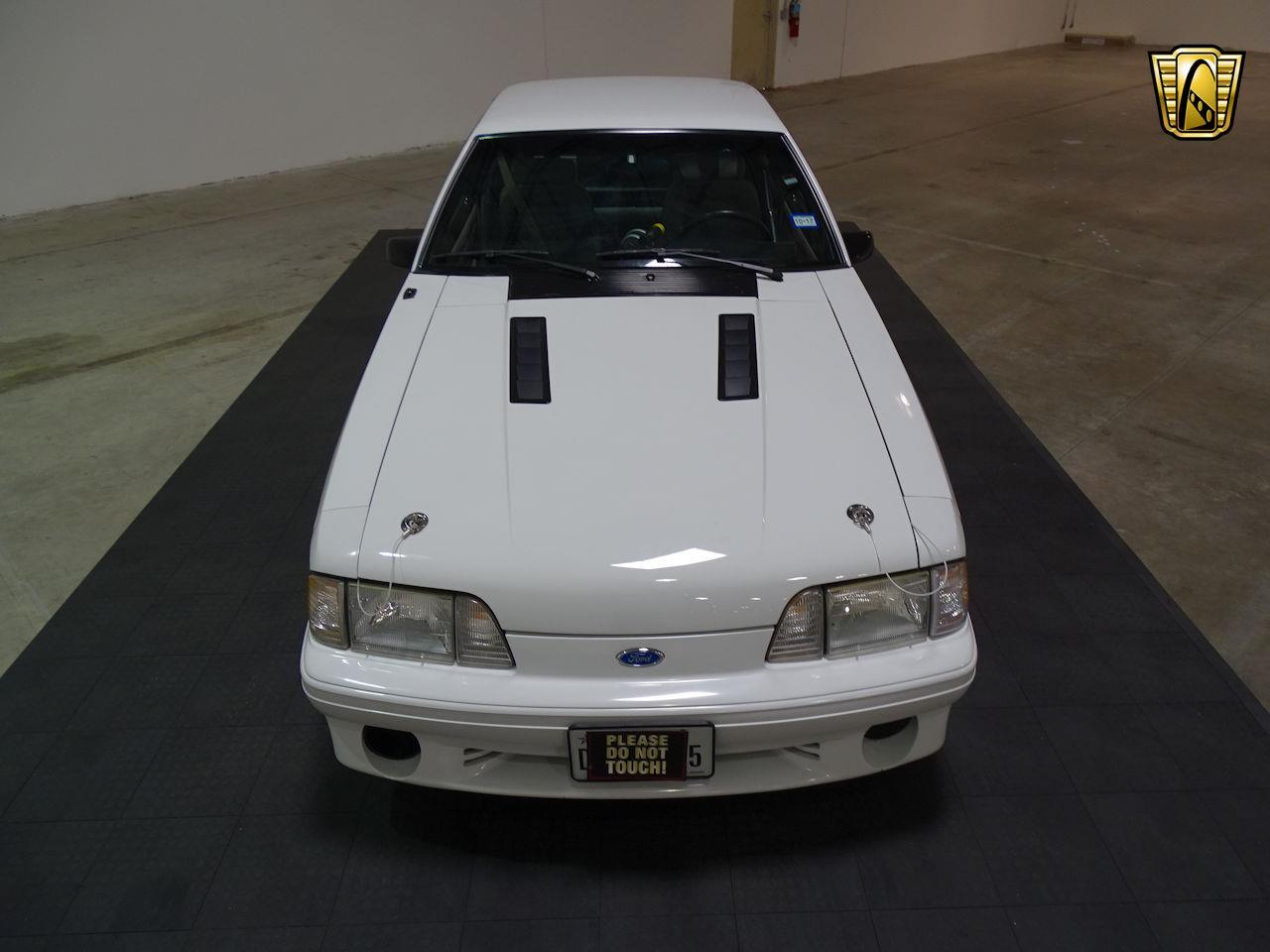 Large Picture of '92 Ford Mustang - $14,995.00 - LC8L