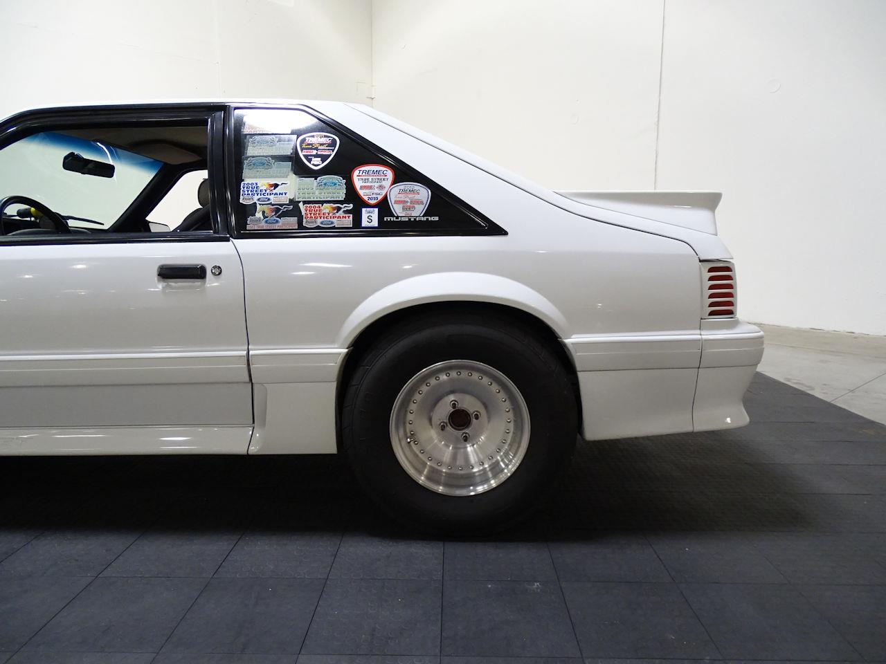 Large Picture of 1992 Ford Mustang - $14,995.00 - LC8L