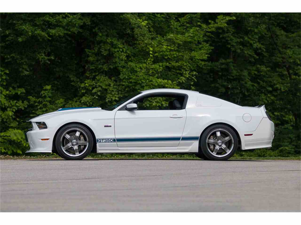 Large Picture of '11 Ford Mustang GT350 - LCCC