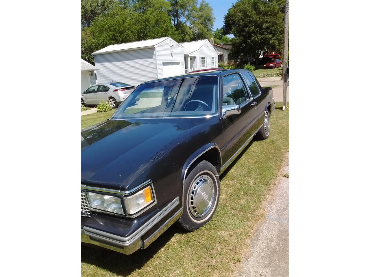 Large Picture of '87 Coupe DeVille - LCCZ