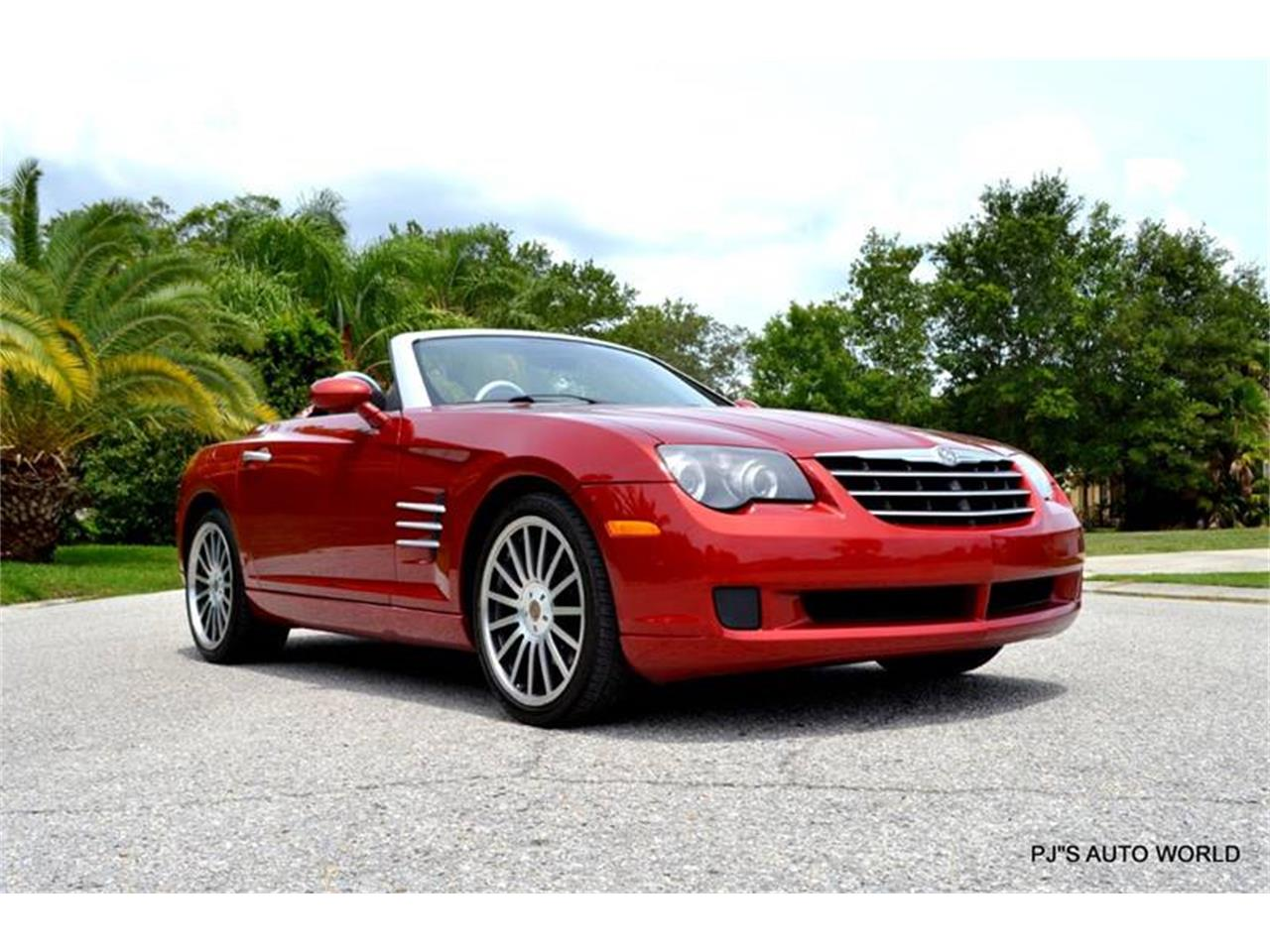 Large Picture of '05 Chrysler Crossfire located in Clearwater Florida - $10,900.00 - L7XM