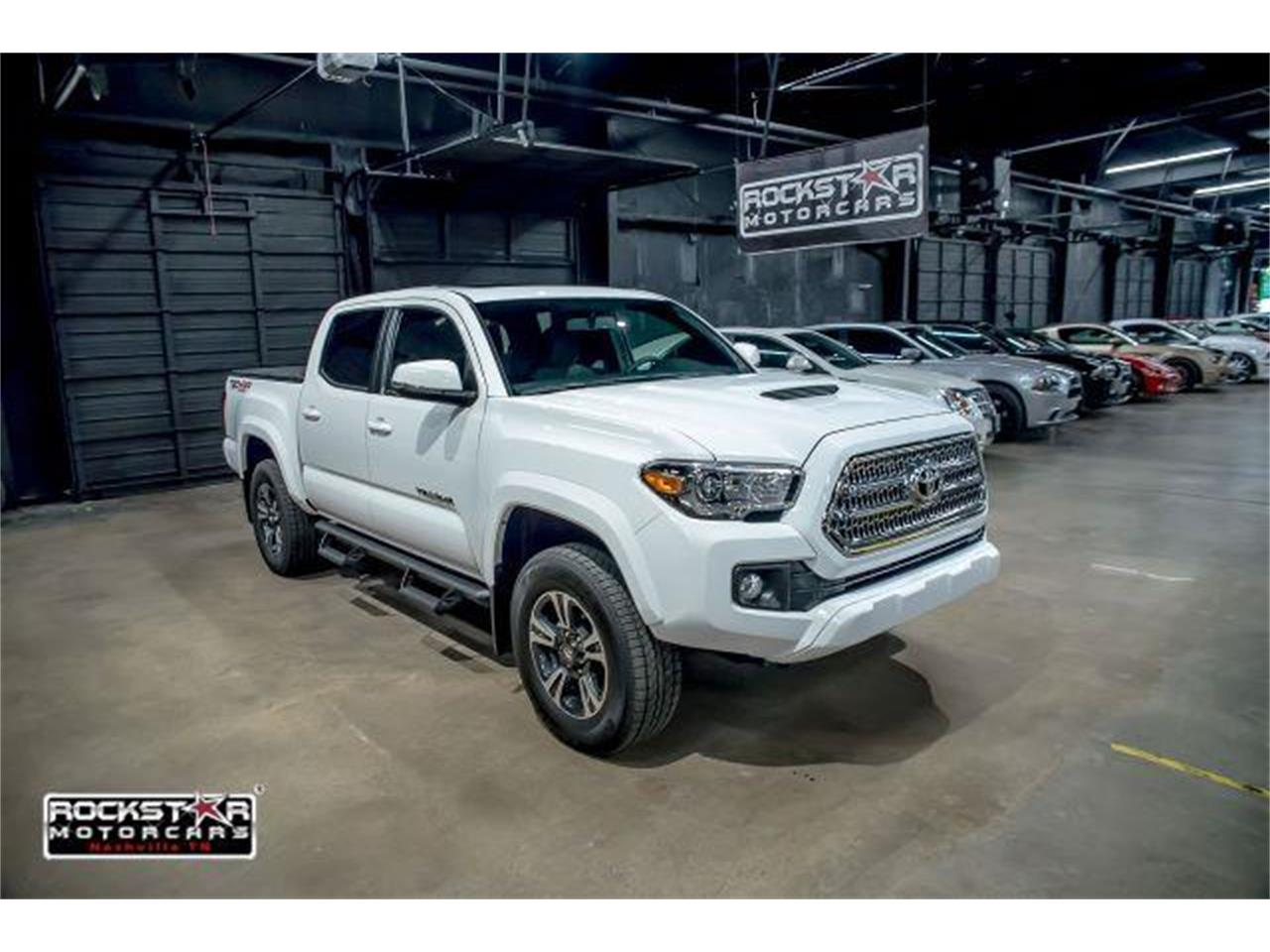 Large Picture of '17 Tacoma located in Nashville Tennessee - $36,250.00 - LCEU