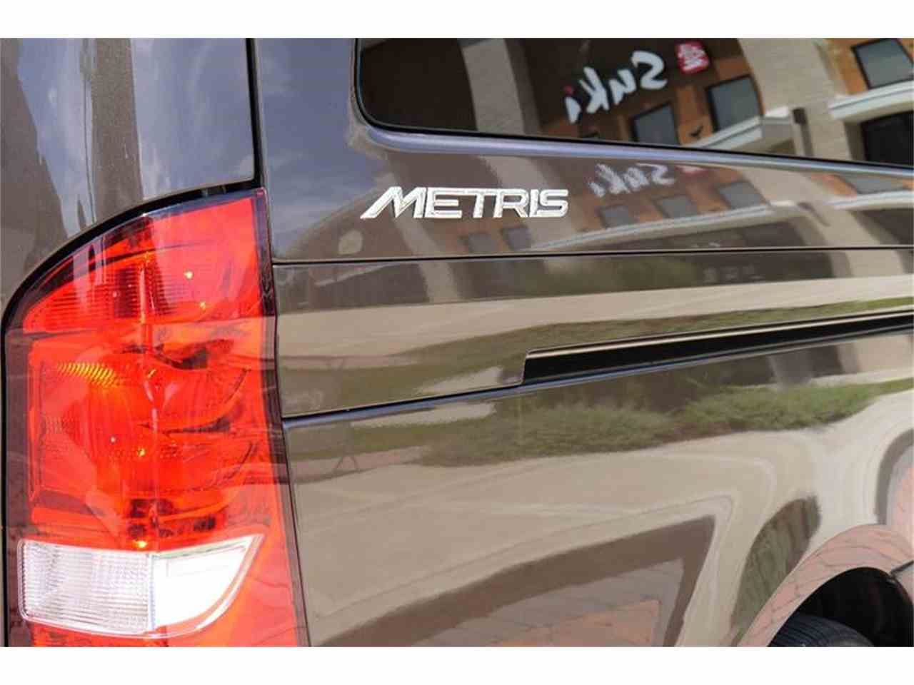 Large Picture of '16 Metris - LCEX