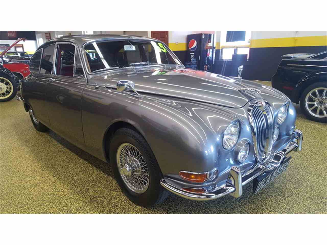 Large Picture of Classic '65 Jaguar Mark II located in Mankato Minnesota - LCFZ