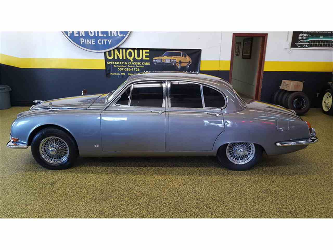 Large Picture of Classic 1965 Jaguar Mark II located in Minnesota - $19,900.00 Offered by Unique Specialty And Classics - LCFZ