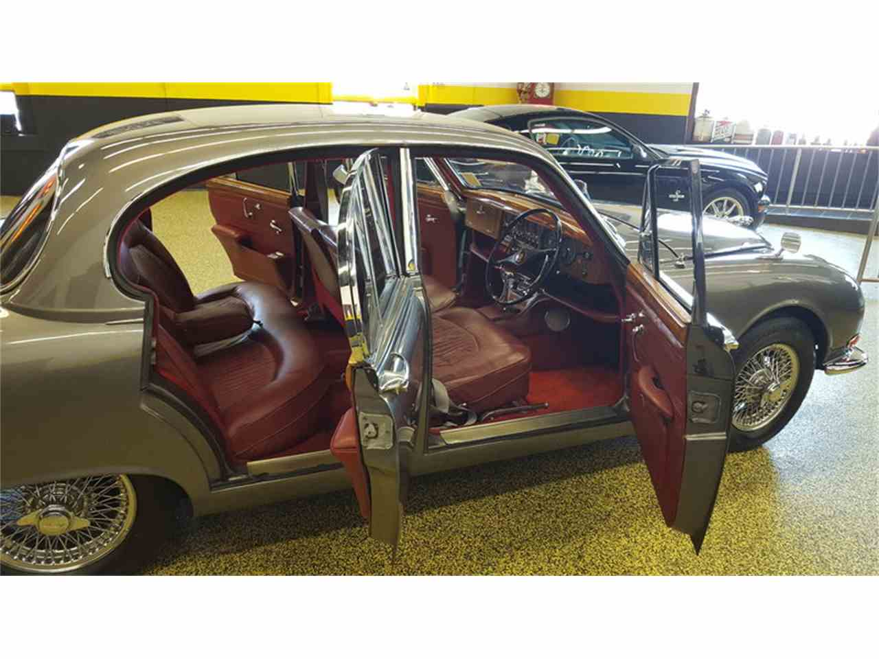 Large Picture of '65 Jaguar Mark II - $19,900.00 Offered by Unique Specialty And Classics - LCFZ