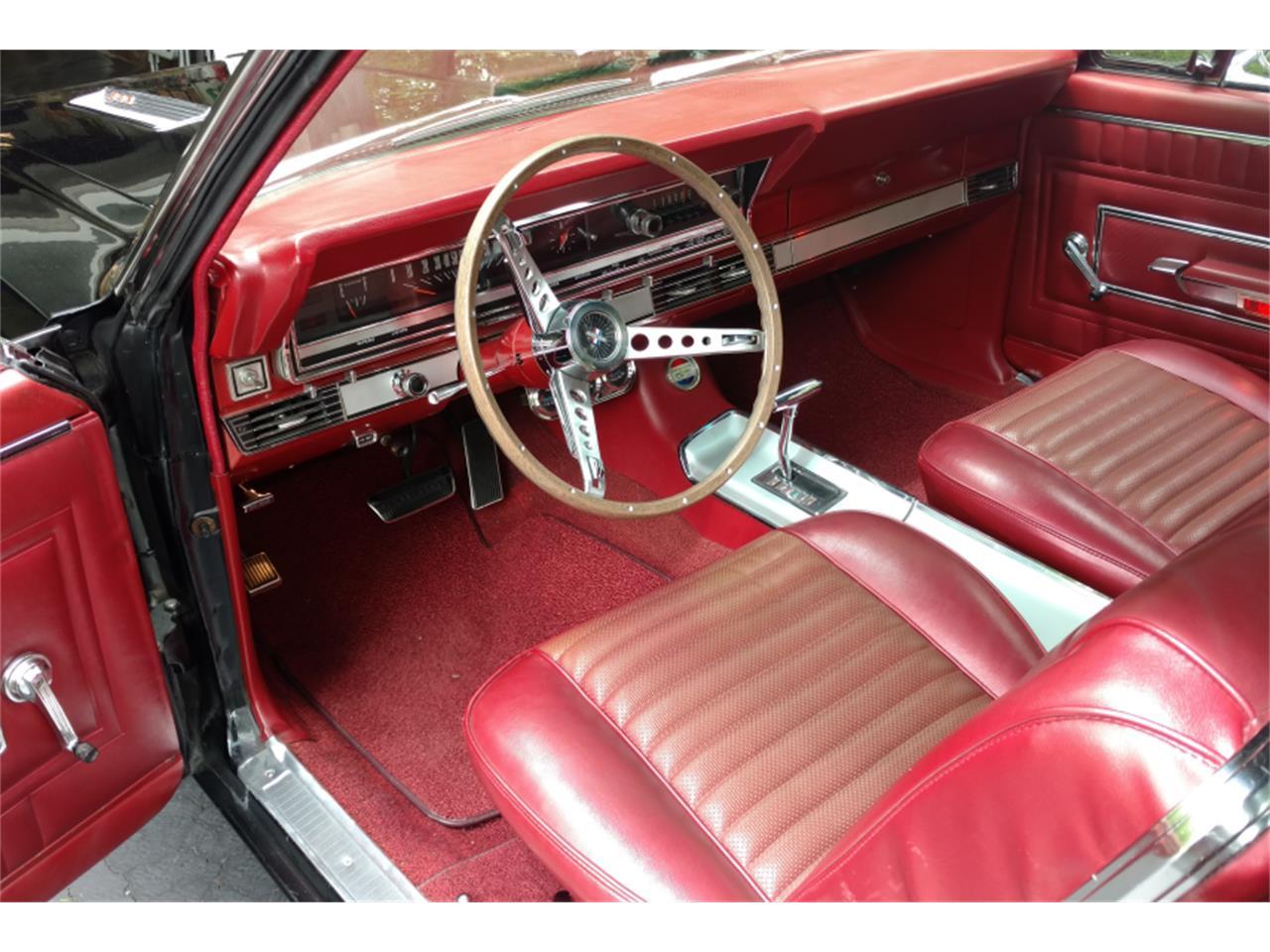 Large Picture of '66 Fairlane - LCIV