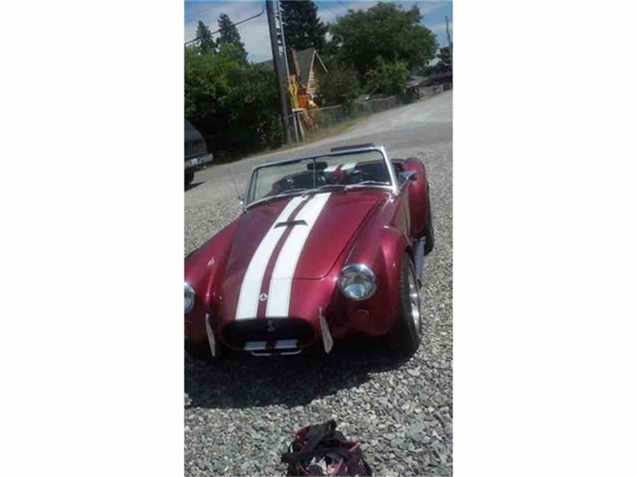 Large Picture of '72 MGB located in Oceanside California Offered by a Private Seller - L8CV