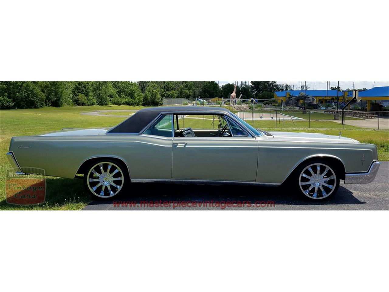 Large Picture of Classic 1966 Lincoln Continental - $19,900.00 - LCM3