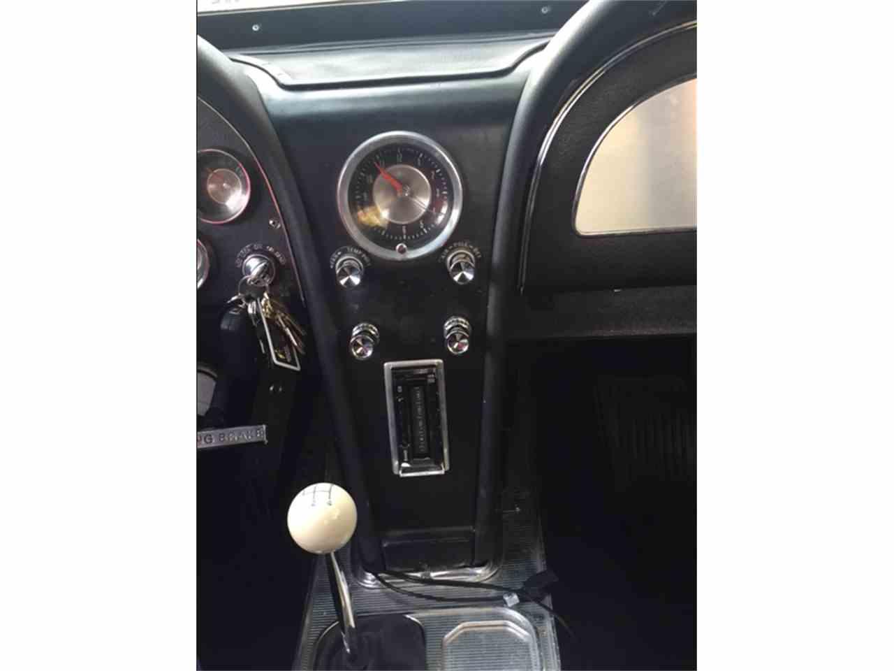Large Picture of '63 Corvette - L8D2