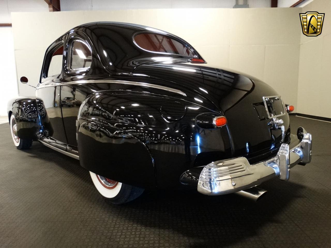 Large Picture of 1946 Ford Coupe located in Memphis Indiana Offered by Gateway Classic Cars - Louisville - LCNT