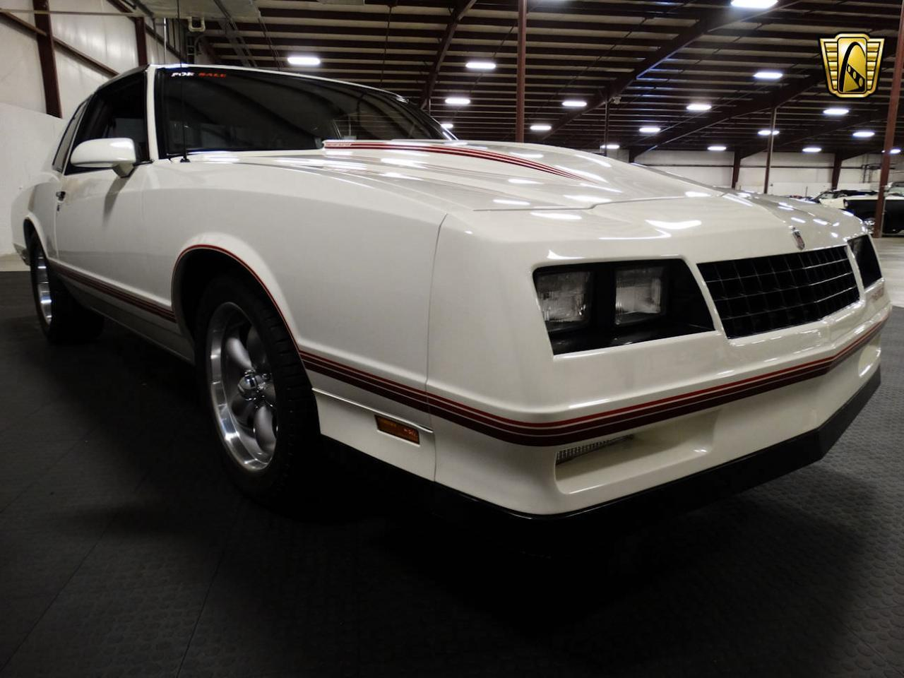 Large Picture of '87 Monte Carlo located in Indiana - LCNU