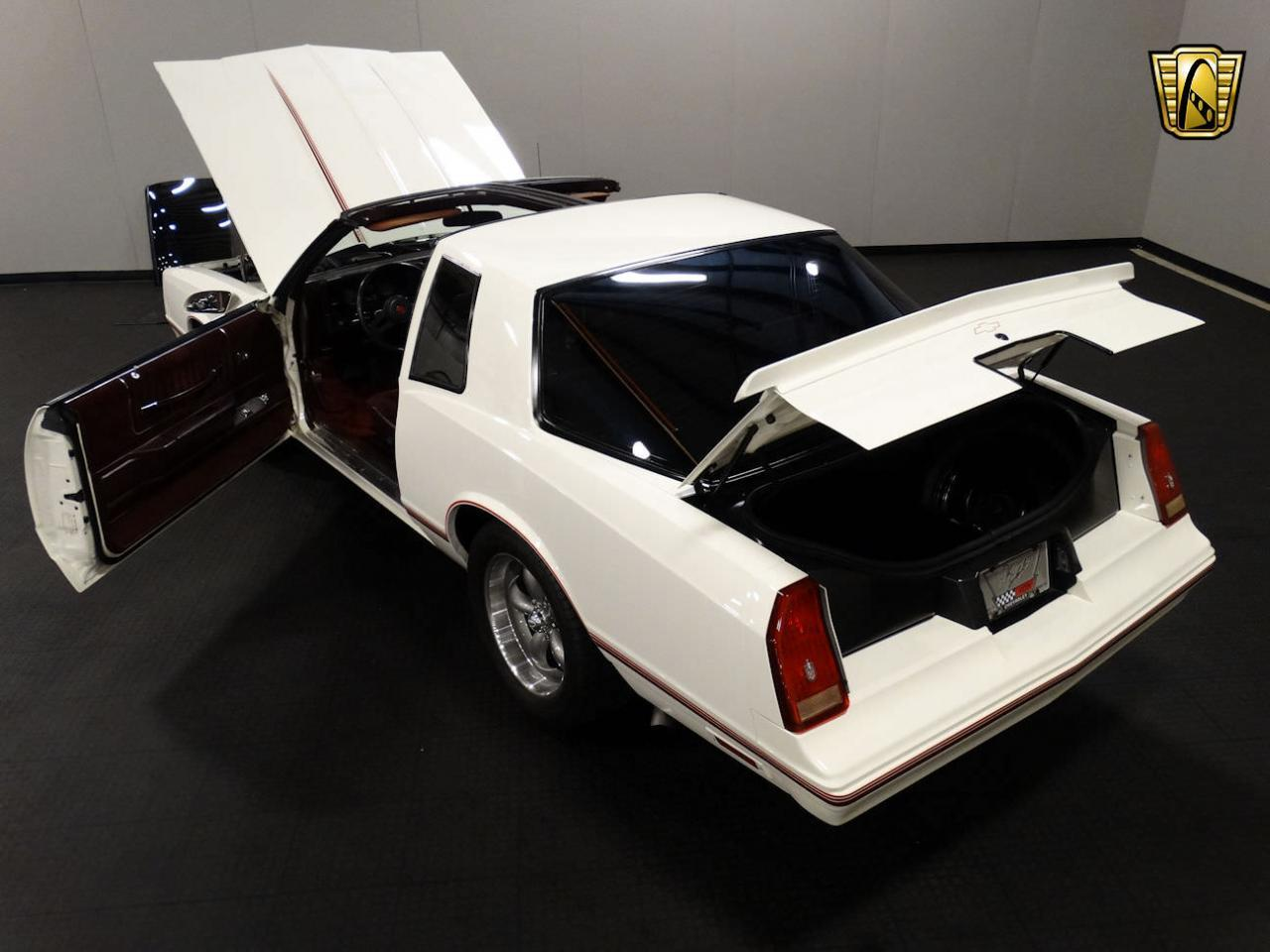 Large Picture of '87 Monte Carlo located in Indiana Offered by Gateway Classic Cars - Louisville - LCNU