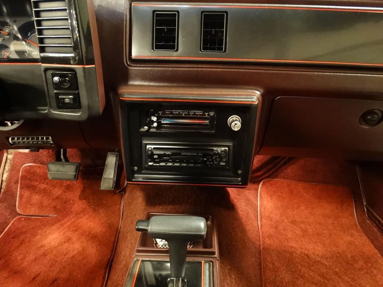 Large Picture of '87 Monte Carlo located in Memphis Indiana Offered by Gateway Classic Cars - Louisville - LCNU