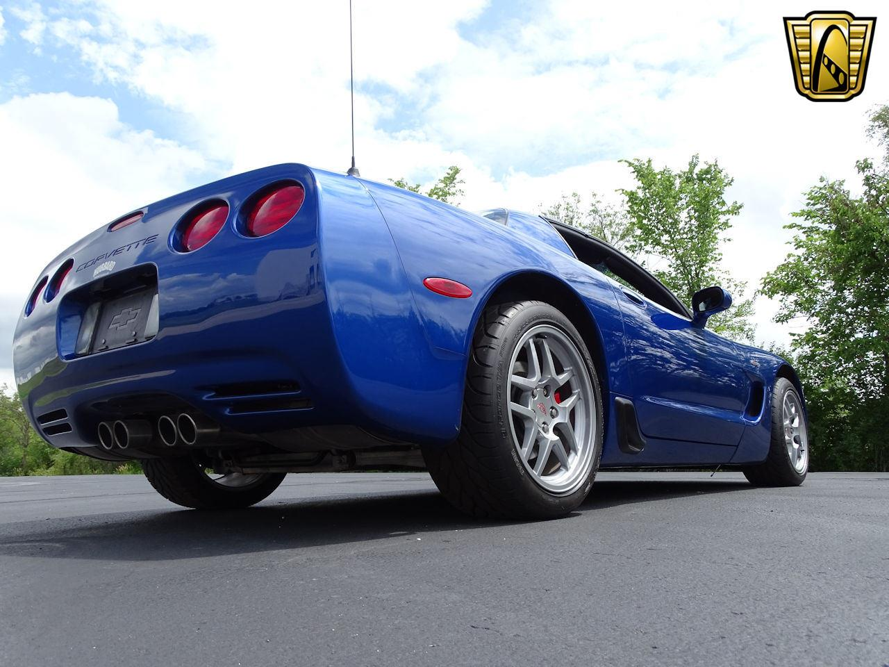 Large Picture of '02 Chevrolet Corvette located in Indianapolis Indiana - LCNV