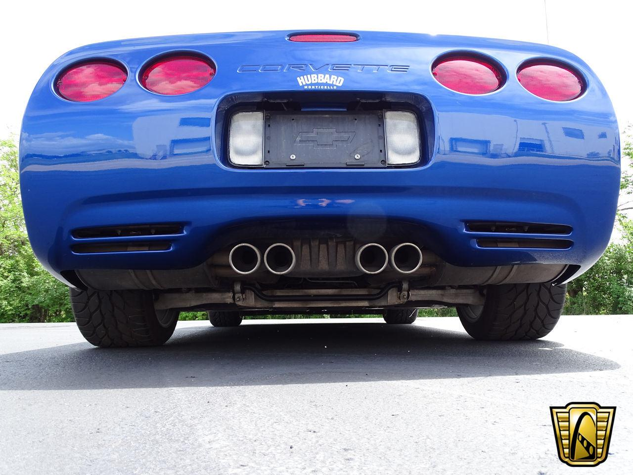 Large Picture of '02 Chevrolet Corvette - $29,595.00 Offered by Gateway Classic Cars - Indianapolis - LCNV