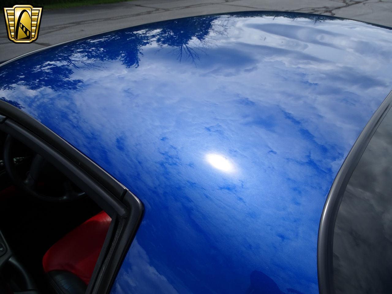 Large Picture of '02 Chevrolet Corvette - LCNV