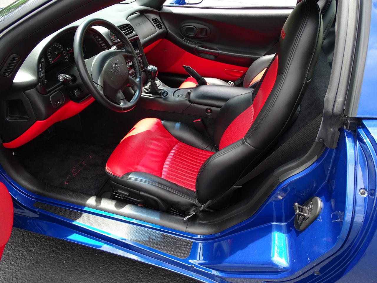 Large Picture of 2002 Chevrolet Corvette located in Indianapolis Indiana - $29,595.00 - LCNV