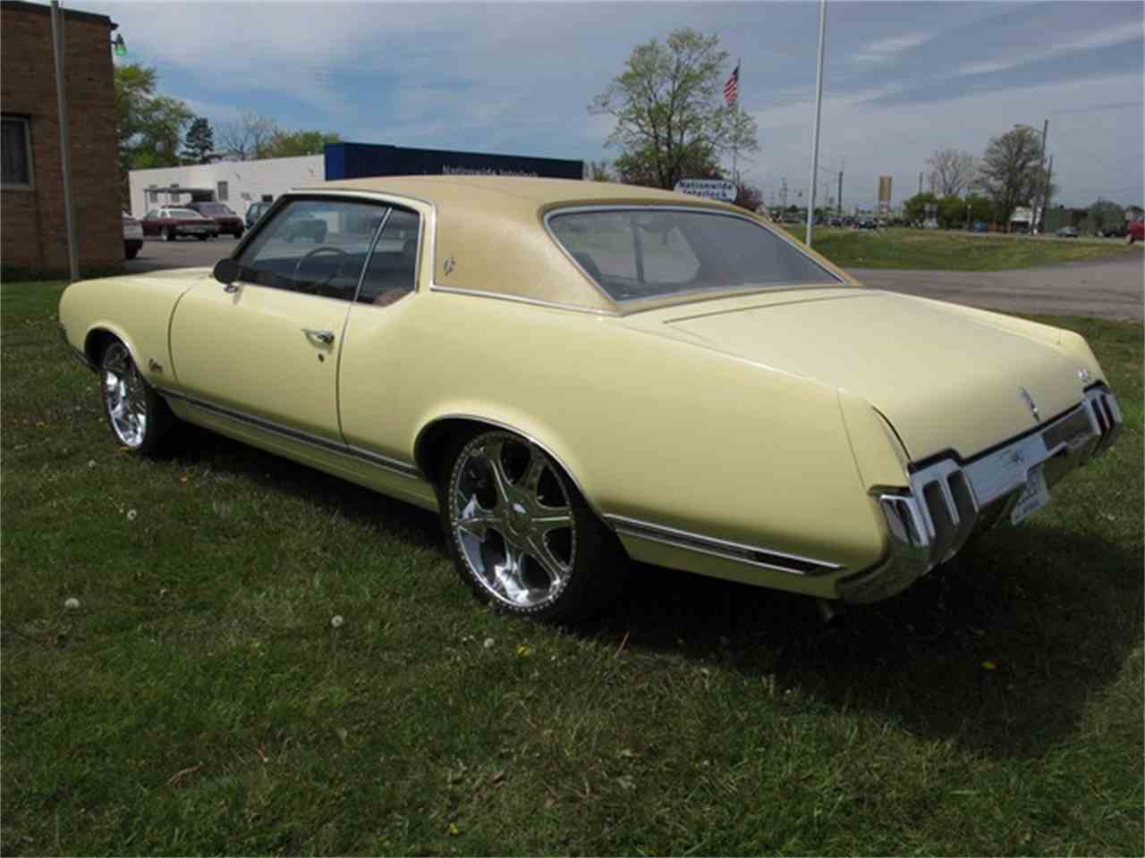 Large Picture of '70 OLDSMOBILE - LCPQ