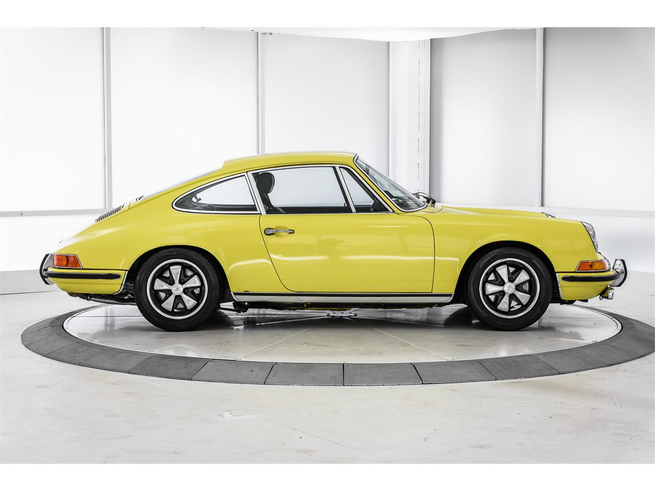 Large Picture of 1970 Porsche 911T located in Thousand Oaks California - $140,000.00 - LCSS