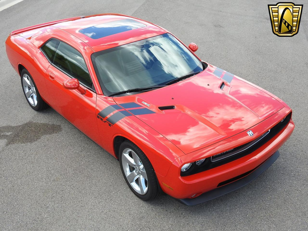 Large Picture of 2009 Challenger located in Kenosha Wisconsin Offered by Gateway Classic Cars - Milwaukee - LCTZ