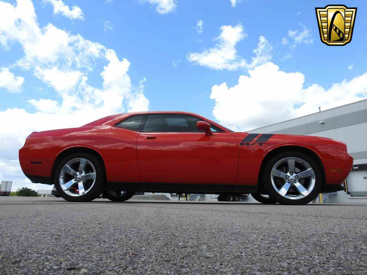 Large Picture of '09 Challenger located in Wisconsin - LCTZ