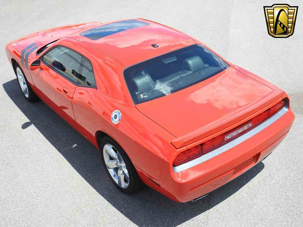 Large Picture of 2009 Dodge Challenger located in Wisconsin Offered by Gateway Classic Cars - Milwaukee - LCTZ