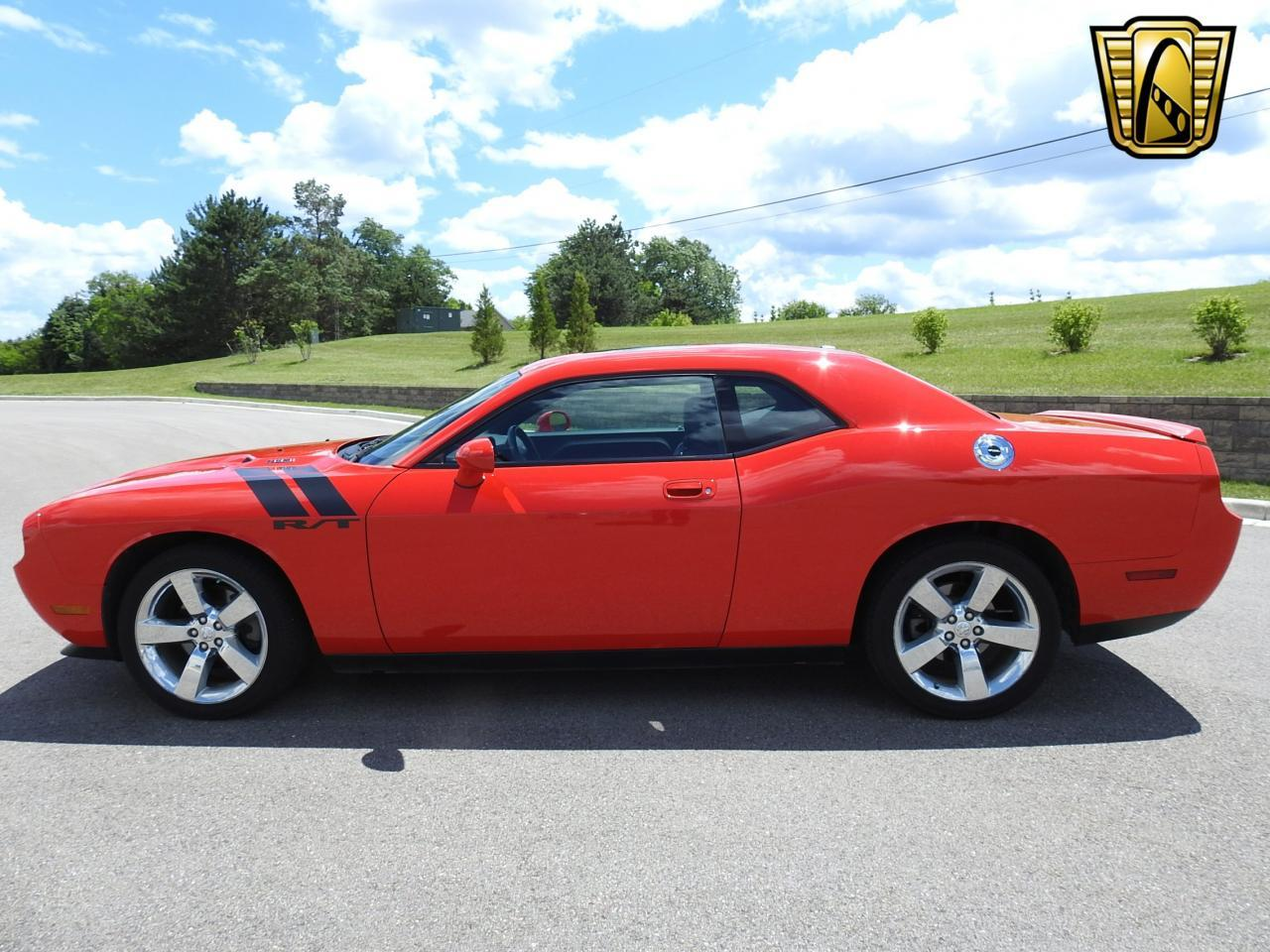 Large Picture of 2009 Dodge Challenger located in Wisconsin - $19,995.00 - LCTZ