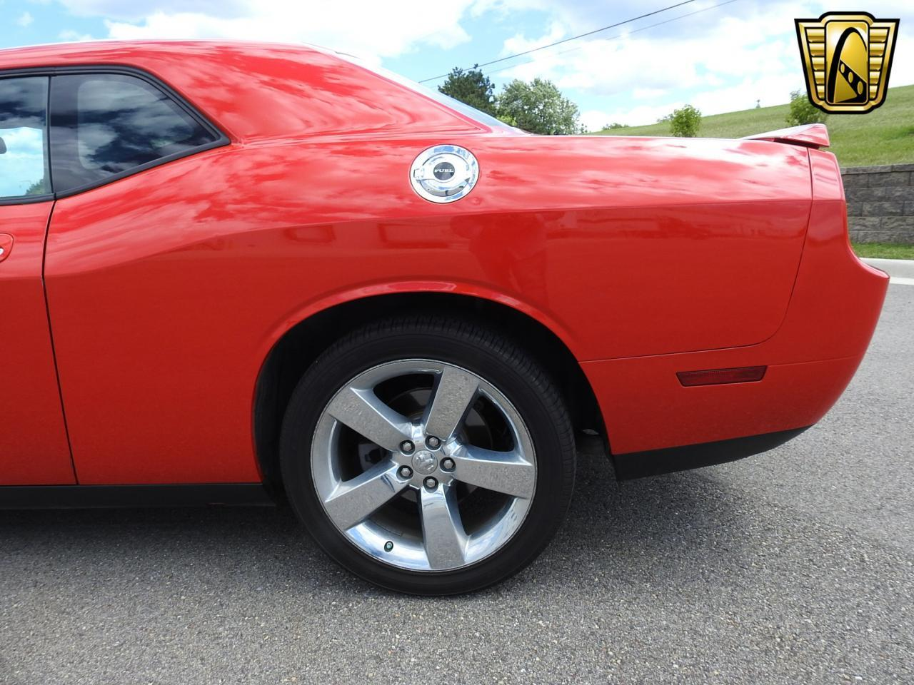 Large Picture of '09 Challenger located in Wisconsin - $19,995.00 Offered by Gateway Classic Cars - Milwaukee - LCTZ