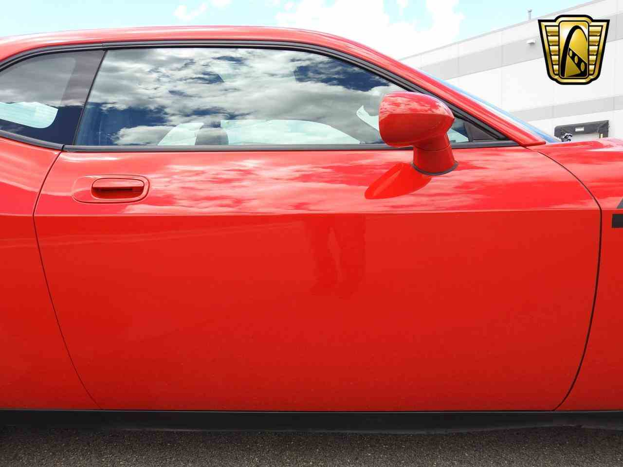 Large Picture of '09 Dodge Challenger located in Kenosha Wisconsin - $19,995.00 - LCTZ