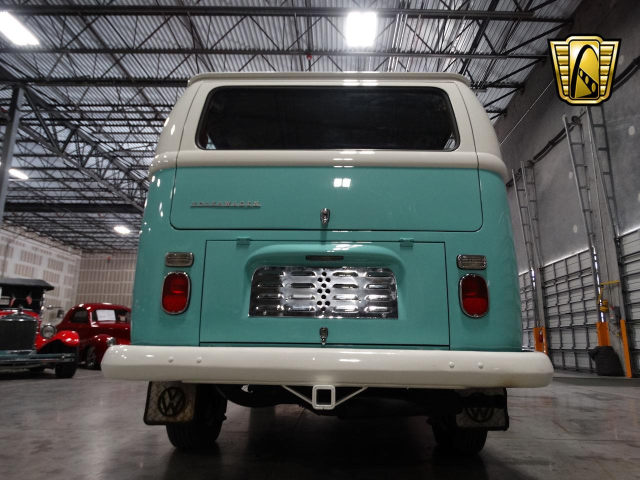 Large Picture of '69 Volkswagen Type 2 - $41,995.00 - LCU3