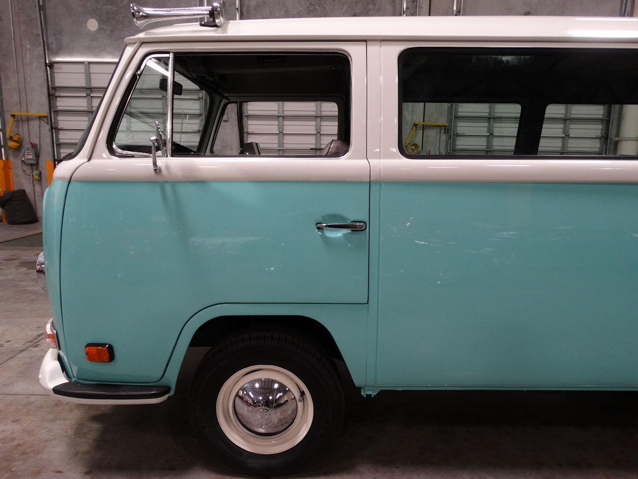 Large Picture of Classic '69 Type 2 located in Florida Offered by Gateway Classic Cars - Fort Lauderdale - LCU3